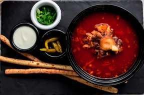 Суп из бычьих хвостов с белой фасолью