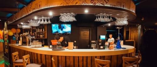 Пинта Bar&Grill На Ауэзова, БЦ Азия (Нур-Султан)