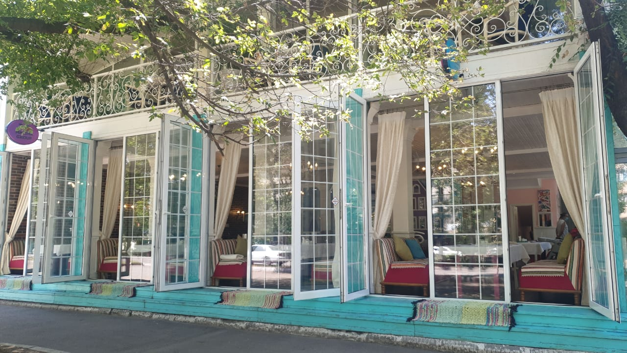 Дом Ресторан СЧАСТЬЕ Алматы